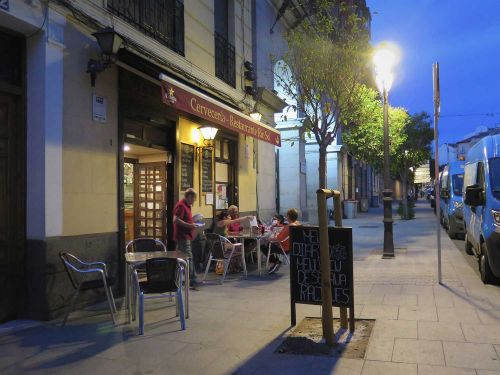 Dive-Bar Food Is Madrid's Best-Kept Secret