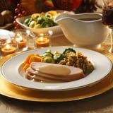 The Easy Way to Make Delicious Gravy For Thanksgiving