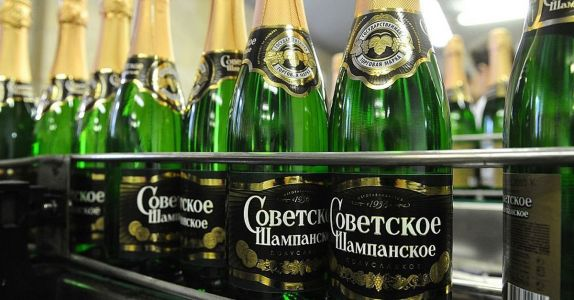 In 1936, Joseph Stalin Created the Proletariat's Very Own 'Champagne'