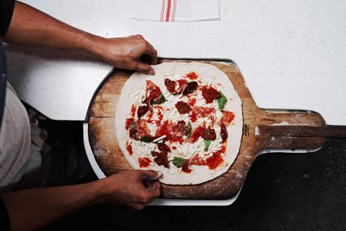 Mastering the Art of Neapolitan-Style Pizza
