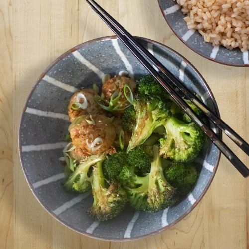 These Asian chicken meatballs make an easy meal in a bowl