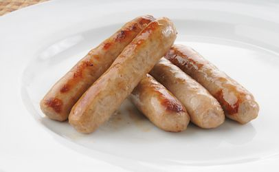 Complaints about hard, green plastic in Johnsonville pork sausage: 55 tons recalled