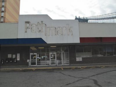 Losing a Grocery Store Changes a Neighborhood