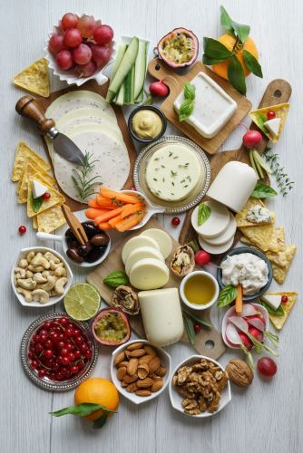 How To Build The Best Dairy Free Cheese Platter