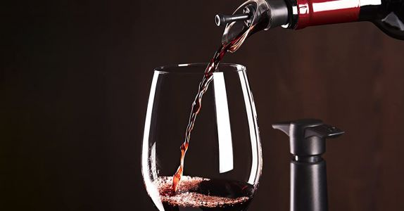 Every Wine Lover Needs This 3-in-1 Vacuum Seal Pour Spout