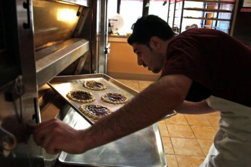 Syrian Bakers Fight to Maintain a Tradition of Excellence