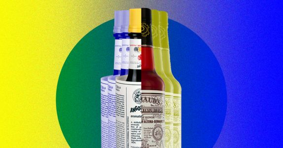The Difference Between Angostura and Peychaud's Bitters, Explained