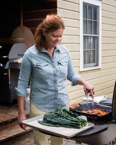 Smoky Ranch, Rosemary Lamb: Paula Disbrowe's Modern Spin on Texas Grilling