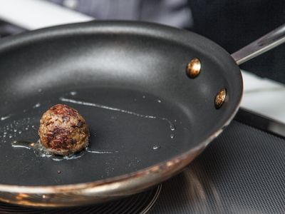 Imitation and cultured meats will be the norm by 2040