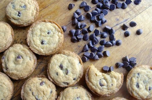 Muffin pan chocolate chip cookies: New twist on an old favorite