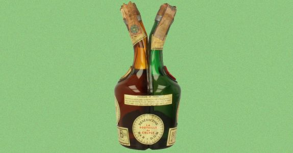 Bring Back the Four-Chamber Liqueur Bottle, the '60s Home Bar Staple