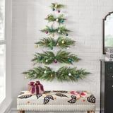 No Floor Space? No Problem - This Adorable Christmas Tree Hangs on Your Wall