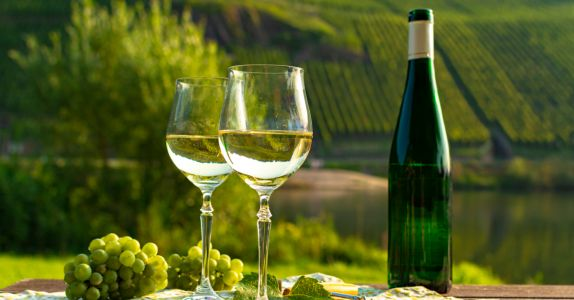 Why Colorado Winemakers Are Betting on Riesling